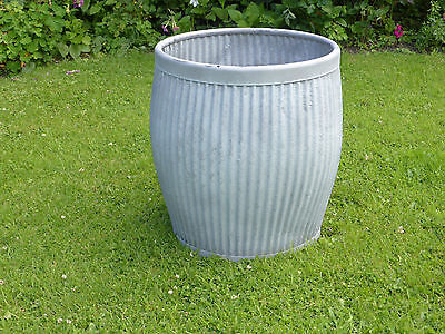 Dolly/Peggy Tub-  Vintage Orig British not Repro. Ideal Planter.