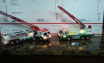 Hess Fire Trucks a lot of 2( 1- 1996 and 1- 2000 )USDED