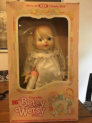 "16"" Betsy Wetsy Doll By Ideal 1983 New In Box"