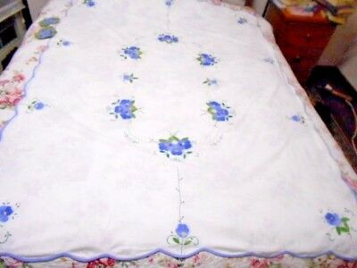Large vintage appliqued TABLECLOTH white linen cotton floral never used 2 doilys