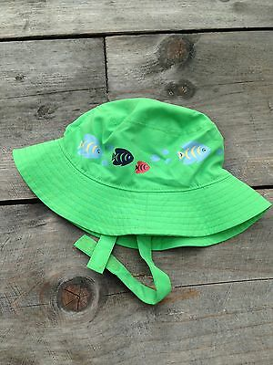 BabyGAP sunhat to fit up to 6 months, green, lined, w velcro strap.