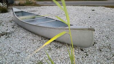 Smoker Craft  14' Double-End Aluminum Canoe w/Paddles & Vests