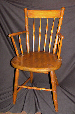 Antique American Rod Back Windsor Armchair Circa 1810