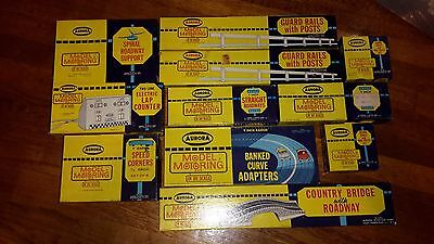 Aurora ho scale model motoring Track Accesories