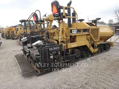 2002 CATERPILLAR AP-1055B Pavers