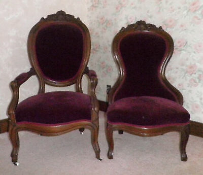 Vintage Victorian Loveseat With Serpentine Back & His & Her's Side Chairs