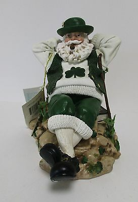 Clothtique Possible Dreams Irish Leprechaun Schanachie  Music Box  No.713275