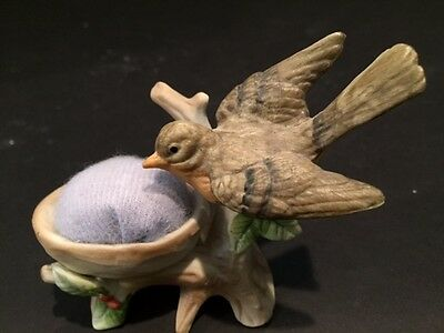 VINTAGE LENWILE ARDALT BIRD PIN CUSHION with FOIL STICKER