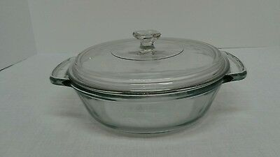 Anchor Hocking 1.5 Qt covered casserole dish clear with handles