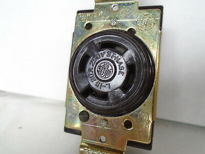 Ge Female Receptacle 20 Amp 250 Volt 3 Pole 4 Wire 3 Phase  Locking Connector