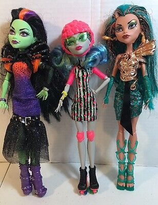 Lot Of Three Monster High Dolls Dressed With Shoes