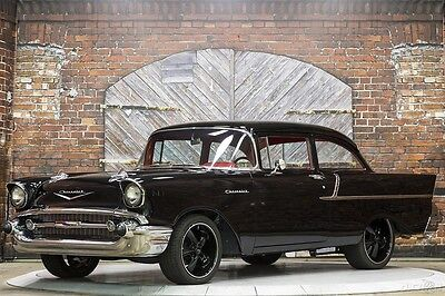 1957 Chevrolet Bel Air/150/210 Resto Rod 57 Resto Rod Coupe 4-speed manual Power Brakes Steering 3.55 Ford 9 Inch Rear