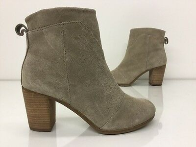TOMS Womens Desert Wedge High  Suede Zip Ankle Boots Shoes Size 8.5