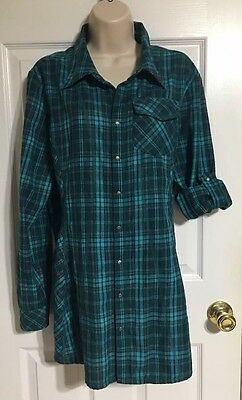Athleta Women's Flannel Shirt Size Large Long Sleeve Plaid Snap Up Teal