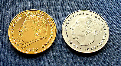 Germany 2 Marks 1992 J gold plated & 2 Marks 1980 G circulated