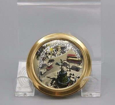 Vtg 40s Compact Souvenir of Piccadilly Circus 2.5 Inch Gold Tone Round