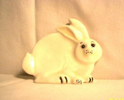 Rabbit  F108 -42- Ceramic Bunny Rabbit Spoon Rest