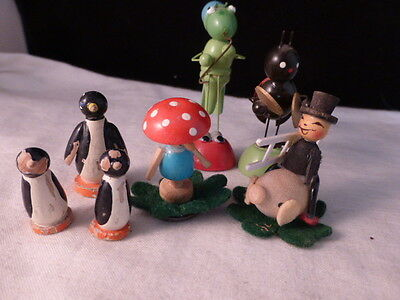 Vintage Hand Painted Wooded Figurines Wood Grass Hopper Lady bug band Penguins