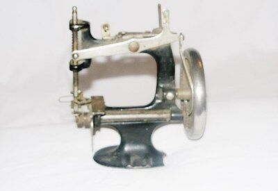 Singer 20 Childs Sewing Machine - Antique / Vintage /  For Parts Only