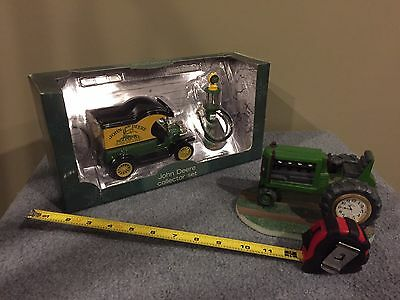 Brand New In Box 1912 Model T Ford John Deere Tractor Gas Pump