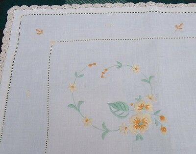 Vintage Table Cloth With Lace Edge And Pretty Embroidered Flowers