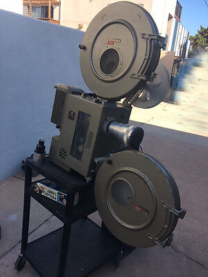 TOKIWA 35mm DOUBLE SYSTEM film Projector VINTAGE ANTIQUE COLLECTORS ITEM