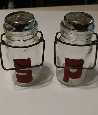 Vintage Wheaton Glass Salt & Pepper Shakers Set Red Lettering Metal Latching USA
