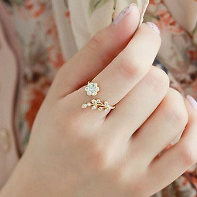 Women Korean Fashion Diamond Ring Opening Flower and Leaves Twisted Rings