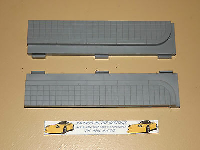 Used 1:32 SCX SA-03.049 Lead In / Out Kerb & Gutter Border x2 For Slot Cars. VGC