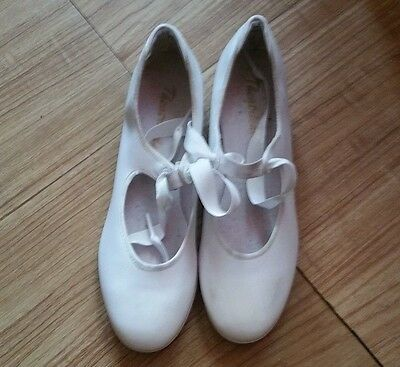 Girls Tap Dance Shoes size 6 1/2M