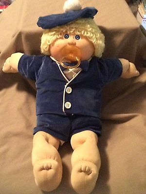 Vintage Cabbage Patch Doll With Assorted Clothes