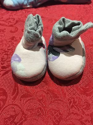 BRAND NEW BONDS Baby Girl Floral Booties Shoes Slippers Size 0-3 Months $19.95