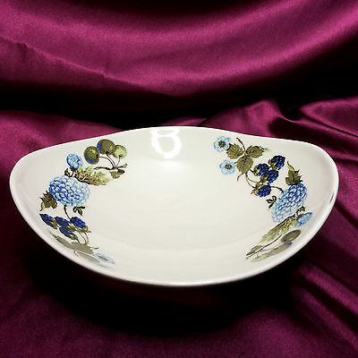 Iroquois Informal Blue Vineyard by Ben Seibel, Small Oval Serving Bowl, 7.5""