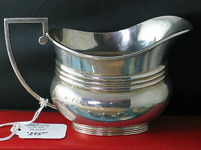 British Sterling Sauce boat with  Hallmark early 1900  6.75 Oz  SHEFFIELD 1917