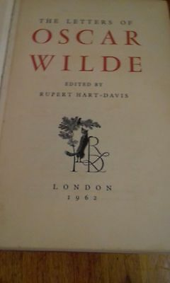 THE LETTERS OF OSCAR WILDE. 1962 edition. 958 pages. illustrated.