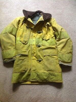 Globe Essex Junction Vermont Firefighters  coat  or dump bound if not  sold