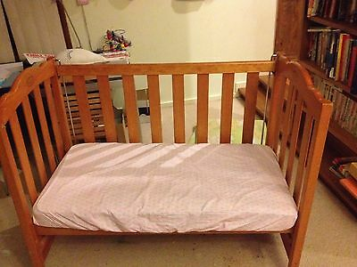 baby cot with mattress ( Australiana ) with mattress - very good cond
