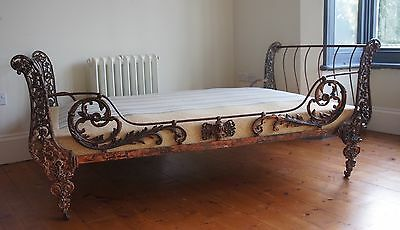Original antique french day bed/sofa bed circa victorian 1800