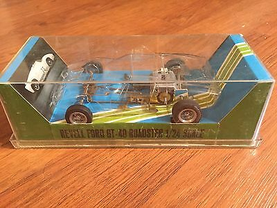 Revell GT Roadster Competition Slots Car Kit 1/24