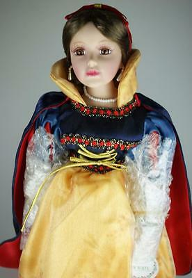Homeart Collector's Bisque Porcelain Doll Snow White 40cms in Original Box SA23