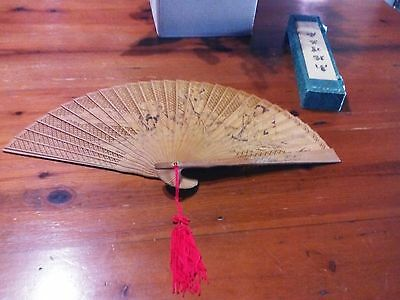 VINTAGE ANTIQUE:ASIAN Pierced Sandalwood Hand FAN+Inked Design Both Sides in Box