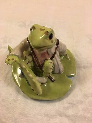 "Beatrix Potter ""Jeremy Fisher Catches A Fish"" Figurine"