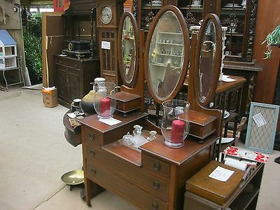 Vintage Ornate Inlaid Dressing Table With 3 Oval Matching Detachable Mirrors.