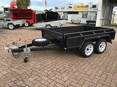 """8x5 TANDEM 