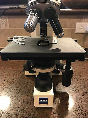 Carl Zeiss Axiostar Plus Microscope w/ 3 Objectives/Fully Functional