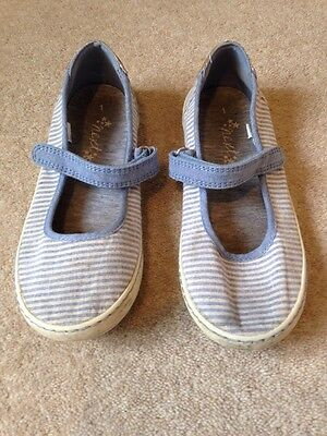 next canvas shoes size 1 velcro fastening 163 2 99