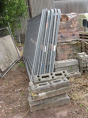 Heras site security fencing 14 panels with feet and clips used