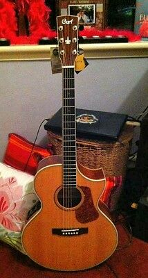 Cort Acoustic/Electric Guitar - Like New