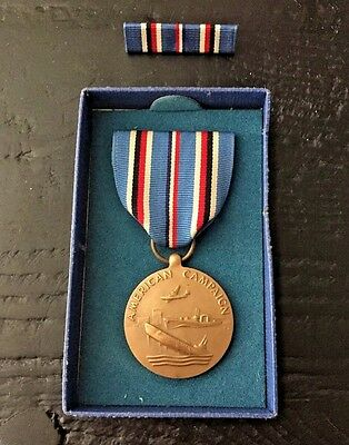 Vintage Wwii Original American Campaign Medal W/ Original Box And Ribbon