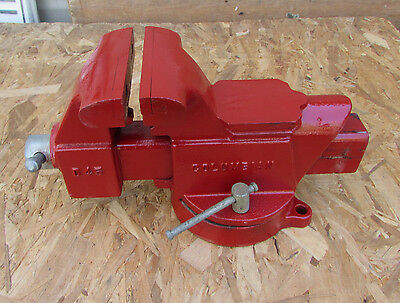 """Columbian D45 Swivel Bench Vise, 5"""" Jaws, 7 3/4"""" Opening, Nice Used Condition"""